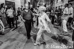 Dancing without ages (Eliseo Oliveras) Tags: eliseooliveras eliseooliveras barcelona catalonia poblenou spain catalunya catalogne catalua espagne espaa espanya barcelone urban city street people blackandwhite music dance dancing festamajordelpoblenou 2016 monochrome