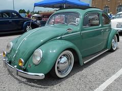 1956 Volkswagen Beetle (splattergraphics) Tags: 1956 volkswagen beetle vw slammed custom volksrod carshow nsra streetrodnationalseast yorkexpocenter yorkpa