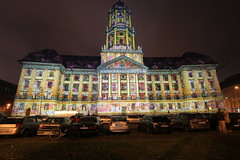 Altes Stadthaus - Projektion 1/9 (Pascal Volk) Tags: berlin berlinmitte festivaloflights berlinilluminated beleuchtet illuminated lichtfest lichtkunst farben mehrfarbig bunt color colorful nacht night licht light altesstadthaus oldcityhall molkenmarkt canoneos6d canonef1635mmf4lisusm 17mm