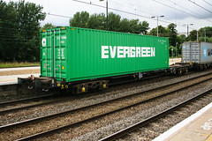 93375 Northampton 040816 (Dan86401) Tags: 93375 tiph93375 93 kfa freightliner fl intermodal modal container flat wagon freight tiph touax rautaruuki northampton wcml 4m93 evergreen