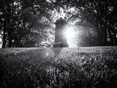 Huldtoneel (Paul Beentjes) Tags: nederland netherlands heemskerk huldtoneel scepelenbergh monument