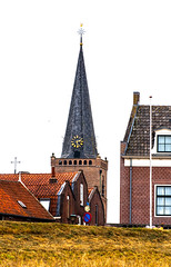 Ameide, st. Janskerk (1365) (Eduard van Bergen) Tags: alblasserwaard termei zederik tienhoven kerk eglise church hervormdegemeente bell clock congregation sluis lek rijn rhine stadje historic historian authorities old ancient antique vintage people town hamlet buurtschap dike river rivier houses polder land time dijk dutch holland niederlande netherlands paysbas lekdijk hoogewaard broek lakerveld waal langerak nieuwpoort molenwaard minister vicar preacher parson clergyman pastor rector