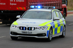 South Yorkshire Police Brand New BMW 330d Touring Driver Training Car (PFB-999) Tags: south yorkshire police syp bmw 330d 3series touring estate driver training vehicle car unit dt lightbar grilles fendoffs leds yn66clx