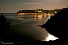Almuecar-Velilla ( Granada) (Lucas Gutirrez) Tags: velilla almucar acantilados nocturna zonazec luna marina landscapes granada granadanatural lucasgutierrezjimenez