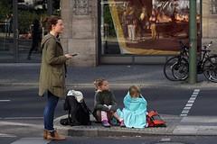 , 2015 (ott1004) Tags: berlinmarathon2015  eliudkipchoge  eliudkiptanui kenya potsdamerplatz leipzigerstrase