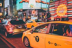 Times Square Traffic (Ani_Ro) Tags: amerika america nordamerika northamerica unitedstatesofamerica usa unitedstates us vereinigtestaatenvonamerika newyorkcity newyork nyc ny manhattan timessquare traffic verkehr stau trafficjam taxi nacht night nightlife nachtleben farbe farben colours color bunt colourful sony sonyalpha7 alpha7 festbrennweite licht lichtschatten schatten light lightshadow shadow urban urbanpictures urbanlife street strase stadt stadtleben