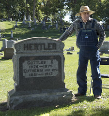 Gottlob Hertler, 1875-1979 (Mr. History) Tags: saline oakwoodcemetery tour reenactment cemetery michigan