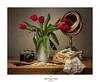 Feliz cumpleaños...... (.... belargcastel ....) Tags: bodegón still flores flowers tulipán tulipanes tulip camarafotos vintage analógica fotos libros books espejo mirror belargcastel belénargüeso españa spain galicia rojo red