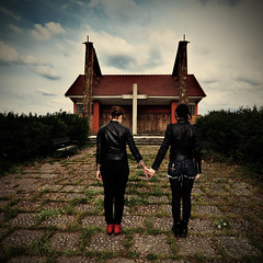 Salmos 51:3 (la.churri) Tags: nikon iglesia asturias cruz carol mujeres matrimonio blessed d90 tokina1224mm 2013 lachurri sb700 autochurri