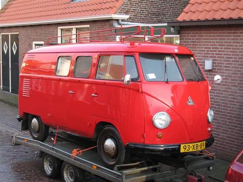 "93-XB-89 & RF-84-61 Volkswagen Transporter bestelwagen 1957 • <a style=""font-size:0.8em;"" href=""http://www.flickr.com/photos/33170035@N02/8702841110/"" target=""_blank"">View on Flickr</a>"