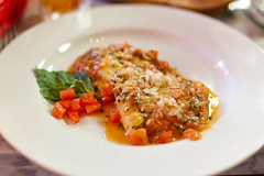 Ravioloni (Rene S. Suen) Tags: toronto tomato italian pasta basil ricotta jarvis spinach ravioli lucaviscardi osteriadeiganzi dangunam guerrinostaropoli