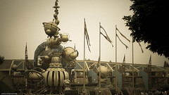 Science Fiction by Jules Verne (k009034) Tags: park travel paris france beautiful canon photography photo europe disneyland flags disney theme sciencefiction themepark julesverne disneylandparis funpark dlp disneylandresortparis disneylandresort orbitron beautifulearth