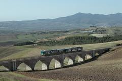 Regionale Melfi-Potenza (Ernesto Imperato) Tags: canon eos italia basilicata 7d fs trenitalia regio forenza regionale ferroviedellostato aln668 regiobahn