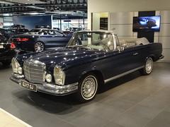1970 Mercedes-Benz 280 SE 3.5 Cabriolet (harry_nl) Tags: netherlands nederland 2016 denhaag mercedesbenz 280se 35 cabriolet convertible gj17sj sidecode4
