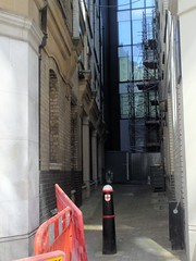 Alley near Mitre Square (Avvie_) Tags: london east spitalfields aldgate whitechapel jack ripper stepney wapping catherine wheel alley swallow gardens murder 1888 frances coles crispin street night shelter mitre square eddoews st botolphs
