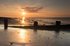 untitled-1227 (Mark Huff1) Tags: alnmouth beach england northsea northumberland sea unitedkingdom sunrise