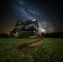What Once Was (HomeGroenPhotography) Tags: milkyway iowa stars astro grass great rift astrophotography path walk aarongroen homegroenphotography southdakota eastern middleofnowhere abandoned house