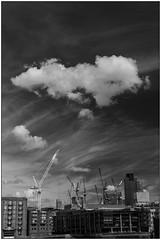 Under costruction (Matteo Bersani) Tags: london londra cielo sky nuvola cloud bwbwbnblackwhitebianconero urban urbano citt town paesaggiolandscape sonyalpha a58