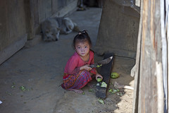 Atareadas (agustn hdez) Tags: vietnam hmong