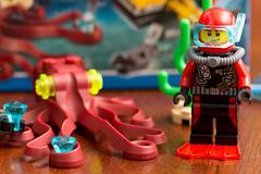 Lego City Driver, Set 60090 (Andrew D2010) Tags: set60090 diamond diver suit lego city octopus 60090 scuba claw seaweed