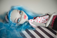 Ghoulia (Deadly Dolls) Tags: ghoulia deadtired sleep sleepover blue hair stripes nikon monster monsterhigh d600 2470mm lipstick eyes doll dollphotography