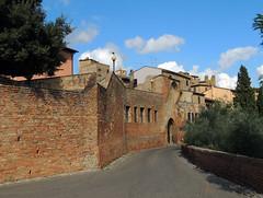 Certaldo - 4 (anto_gal) Tags: toscana firenze certaldo alto valdelsa centrostorico borgo torri casa boccaccio 2016 medioevo porta mura
