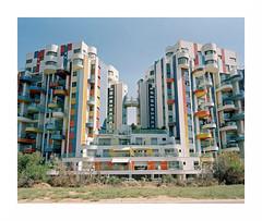 (iconicturn) Tags: telaviv israel middleeast mediumformat film 120 6x7 analog analogue urban kodak portra mamiya7 mamiya