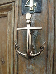 Door knocker anchor (duncan) Tags: anchor knocker weymouth doorknocker aldaba