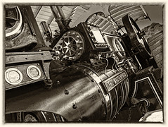 Classic Metal (W A V E M A C H I N E) Tags: metal steam tractionengine