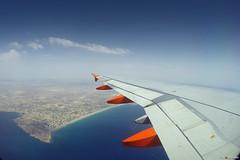 EasyJet over La Playa de San Juan (Fotomondeo) Tags: alicante alacant playadesanjuan goprohero4black easyjet sea mar spain espaa