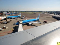 View from Schiphol Viewing Terrace (AviationEagle32) Tags: panorama holland amsterdam tarmac plane airplane flying airport aircraft aviation airplanes flight thenetherlands aeroplane apron planes airbus vehicle boeing klm schiphol ams avp aeroplanes tui airfrance transavia alitalia a320 winglets schipholairport icelandair eham b737 planespotting airbus320 boeing757 b757 boeing737 b737800 a320200 b757200 b738 royaldutchairlines amsterdamairport amsterdamschiphol tuigroup avgeek klmroyaldutchairlines amsterdamschipholairport aviationphotography arkefly airfranceklm phbxd tuifly b737ng viewingterrace tuiflynordic tuitravel b737w phbxw b7378k2 tuiairlines aviationgeek schipholviewingterrace aviationlovers flickraviation panoramaviewingterrace