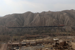I_B_IMG_8270 (florian_grupp) Tags: asia china steam train railway railroad bayin lanzhou gansu desert landscape loess mountains sy ore mine 282 mikado steamlocomotive locomotive