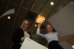Riemua kokoustilassa (VisitLakeland) Tags: scandic hotel meeting kokous nainen woman women naiset business ty work jrvi lake scenery jrvimaisema maisema paperi heitt throw ilmaan ilmassa leijua air paper