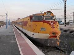 Renfe 443 en Castejn de Ebro (Pantoteatre) Tags: renfe 443 castejndeebro pendolino