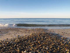 IMG_0991 (ericssonbo24) Tags: rocks wave sky foam autumn blue season sand shadows