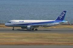 JA8947 Airbus A320 HND 02Dec2012 (Citation Ten) Tags: ja8947 a320 ana hnd