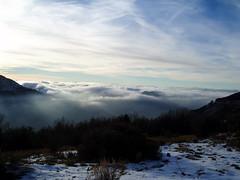 Mar de nubes (pablohid) Tags: nubes nieve