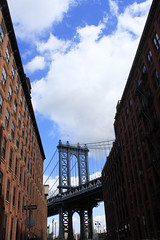 mAnhatTAn briDGe (miyomiyoko) Tags: bridge manhattanbridge manhattan newyork nyc brooklyn sky building buildings clouds