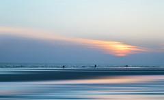 untitled (mesana62) Tags: doana nikon nikkor nature spain skyline silhouette sunset seville sky ocean orange orilla oceano olas free d3200 cylon13 contraluz colores