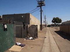 Feng Shui (rickele) Tags: fresno fresnochinatown alley alleyway homeless homelessness encampment yinyang yinandyang