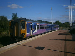 156421 @ Walkden (ianjpoole) Tags: northern rail 156421 working 2j64 kirkby blackburn