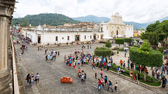 23. Antigua, El Dia de l'Independencia, Guatemala-3.jpg (gaillard.galopere) Tags: iptcnewscodes 06000000 06007000 06008000 12000000 16000000 16008000 2016 5d 5dmkiii apn america amérique antigua architecture canon ciudad concepts continentsetpays ef environnement eos gt gtm gaillard gaillardgalopere gaillardgalopère galopere galopère guatemala guerresetconflits iptcsubjects mkiii manifestations nature population religionetcroyance travel ville voyages ameriquecentrale année canonphotography ciel cielo cloud clouds cloudy demonstration eglise environmentalissue grandangle landscape landscapephotography liberty nuage nuages nuageux nube nubes nublado outdoor outdoorphotography pavement paysage pierre religionandbelief sky ultrawideangle unrestconflictsandwar wideangle