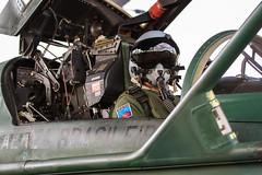 Aviador (Força Aérea Brasileira - Página Oficial) Tags: aviacaodecaca brazilianairforce capacete canoas f5em fab forcaaereabrasileira fotoandrefeitosa pampa unitas unitas2015 aviacao aviador cockpit esquadraopampa operacaounitasetapaesquadraopampa piloto