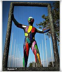"""""""Marc"""" de Robert Llimós (# RAMÓN Mortadelo #) Tags: barcelona escultura marc marco threshold colorido robertllimós rememberthatmomentlevel1 rememberthatmomentlevel2 mortadelo65pp plazadelosvoluntariosolimpicos"""