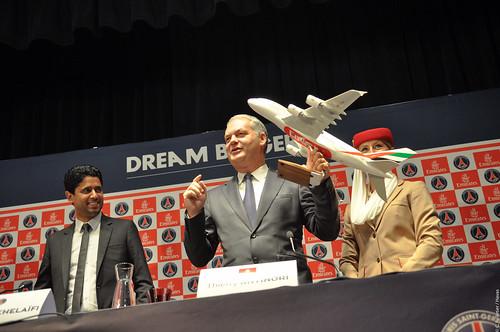 Nasser Al-Khelaïfi, président du Paris Saint-Germain et Thierry Antinori, vice-président exécutif d'Emirates