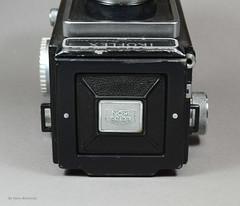 Ikoflex Ia on Display (06) (Hans Kerensky) Tags: ikoflex ia 85416 zeissopton tessar 135 75mm lens 6x6 tlr zeiss ikon display
