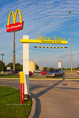 McDonald's Drive-Thru (ezeiza) Tags: oklahoma ok muskogee muskogeeturnpike turnpike toll road tollway mcdonalds goldenarches golden arches restaurant fastfood fast food drivethrough drivethru drive through thru sign travelplaza travel plaza concession area signs