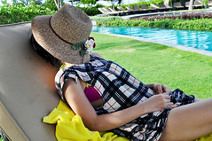 Don't disturb (Roving I) Tags: tourists tourism rest naps snooze deckchairs sunhats pools angsana recreation resorts laguna langco leisure lifestyle holidays vacation vietnam