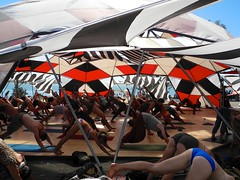 yoga at movement shala (citymaus) Tags: symbiosis gathering 2016 woodward reservoir oakdale california norcal musicfestival music festival art culture burningman structure yoga down dog shala movement