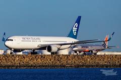 ZK-NCI NZ B763 YSSY-8430 (A u s s i e P o m m) Tags: airnewzealand mascot newsouthwales australia au nz boeing b763 syd yssy sydneyairport